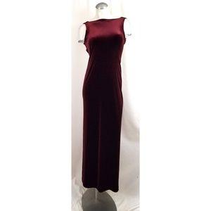 Laundry by Shelli Segal Size 2 Wine Velvet Dress
